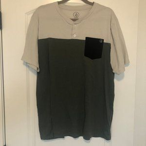 Men's green Volcom T-shirt